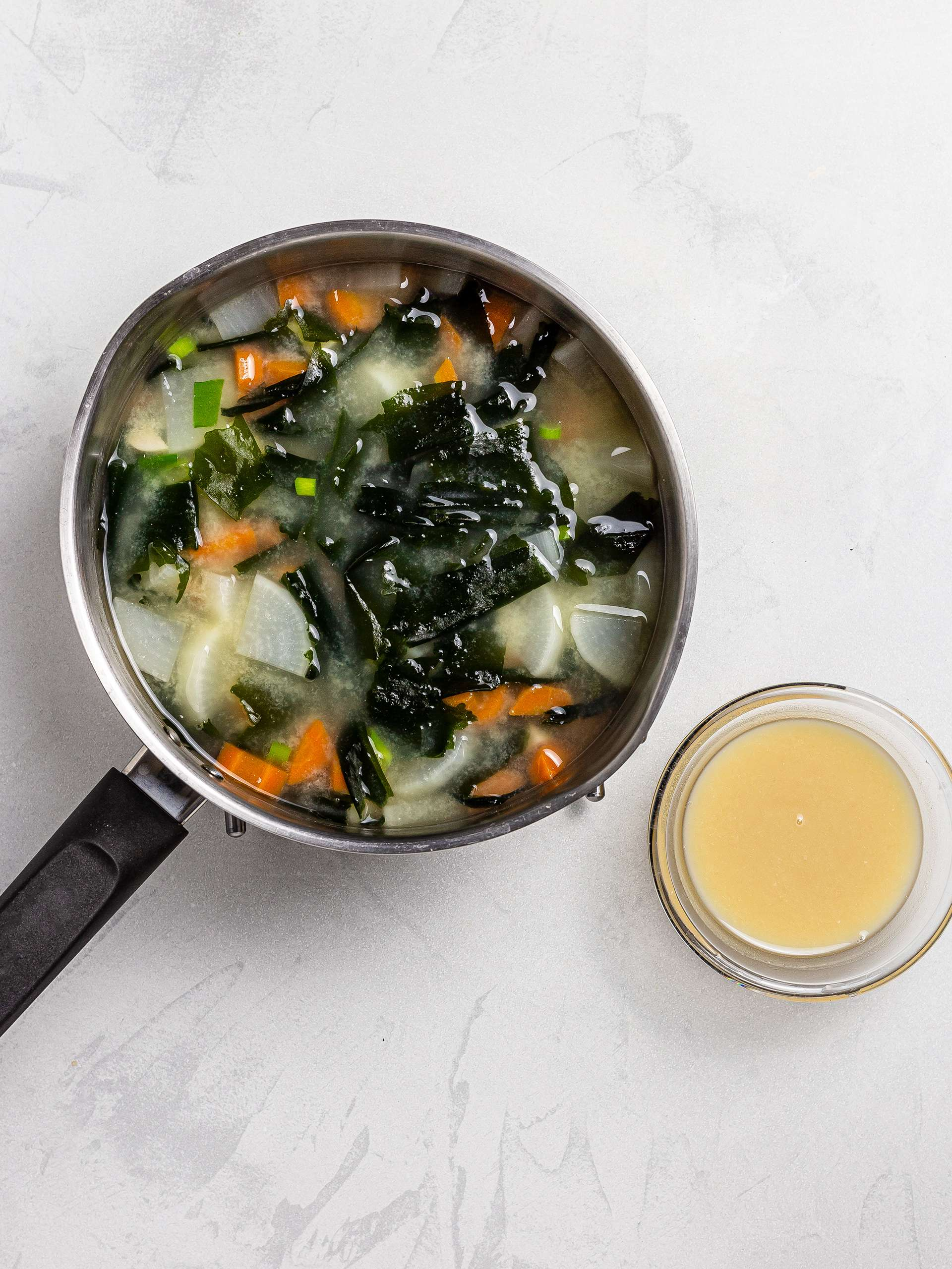 wakame and daikon soup with miso paste