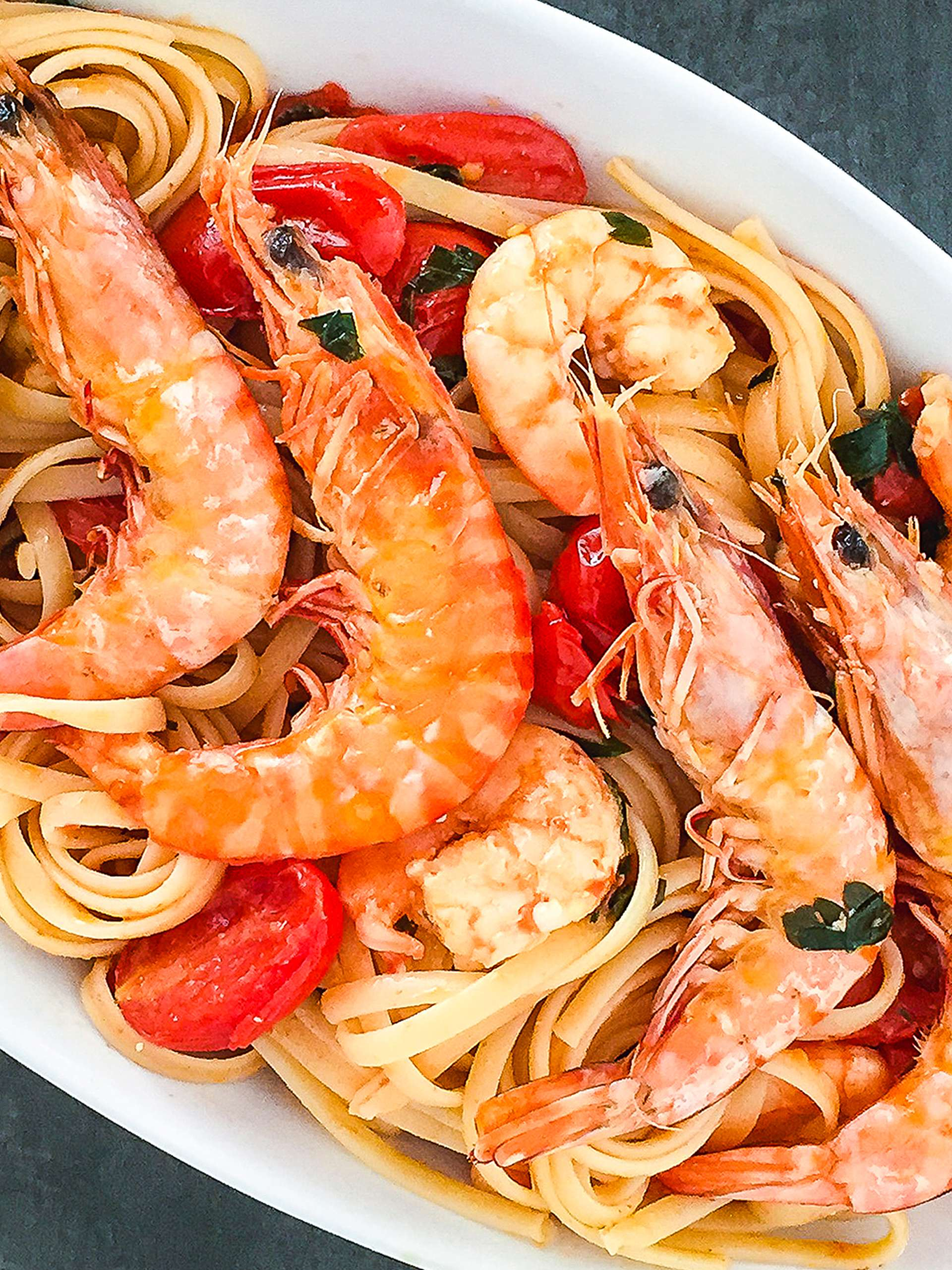 Creamy Pink Rosé Wine and King Prawns Linguine Pasta Thumbnail