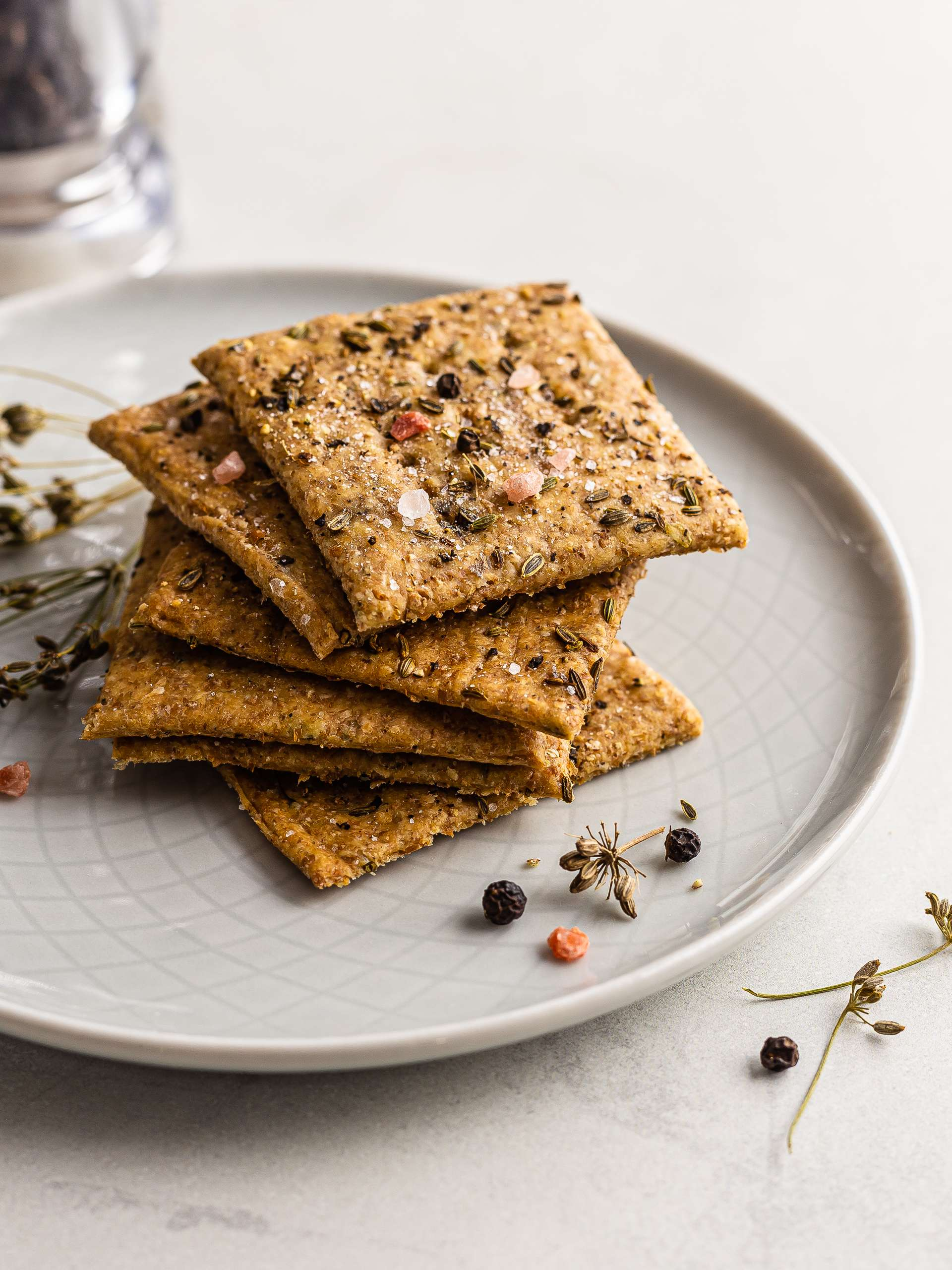 Italian Sourdough Crackers with Fennel Thumbnail