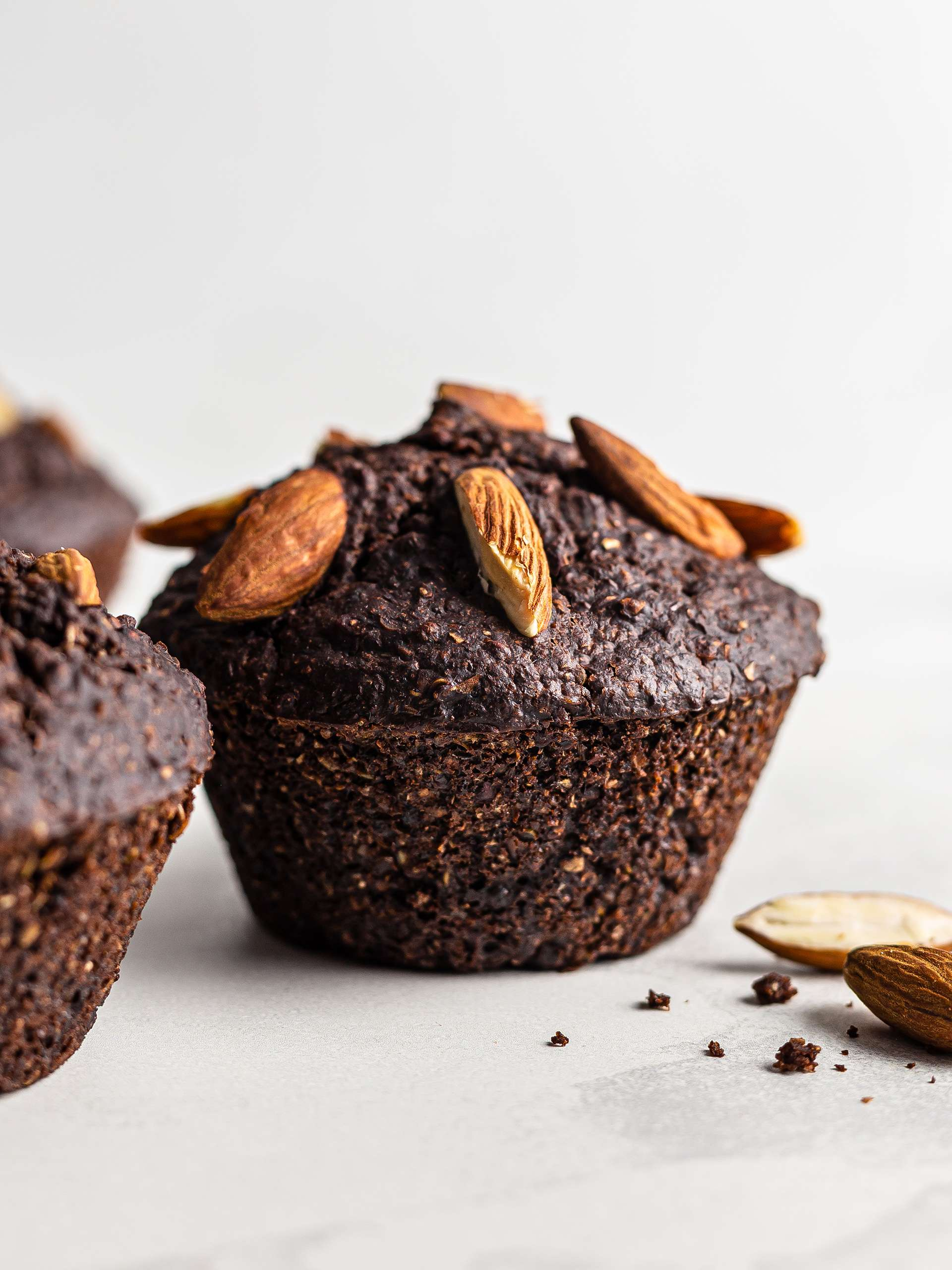{Vegan, High-Protein} Chocolate Quinoa Muffins