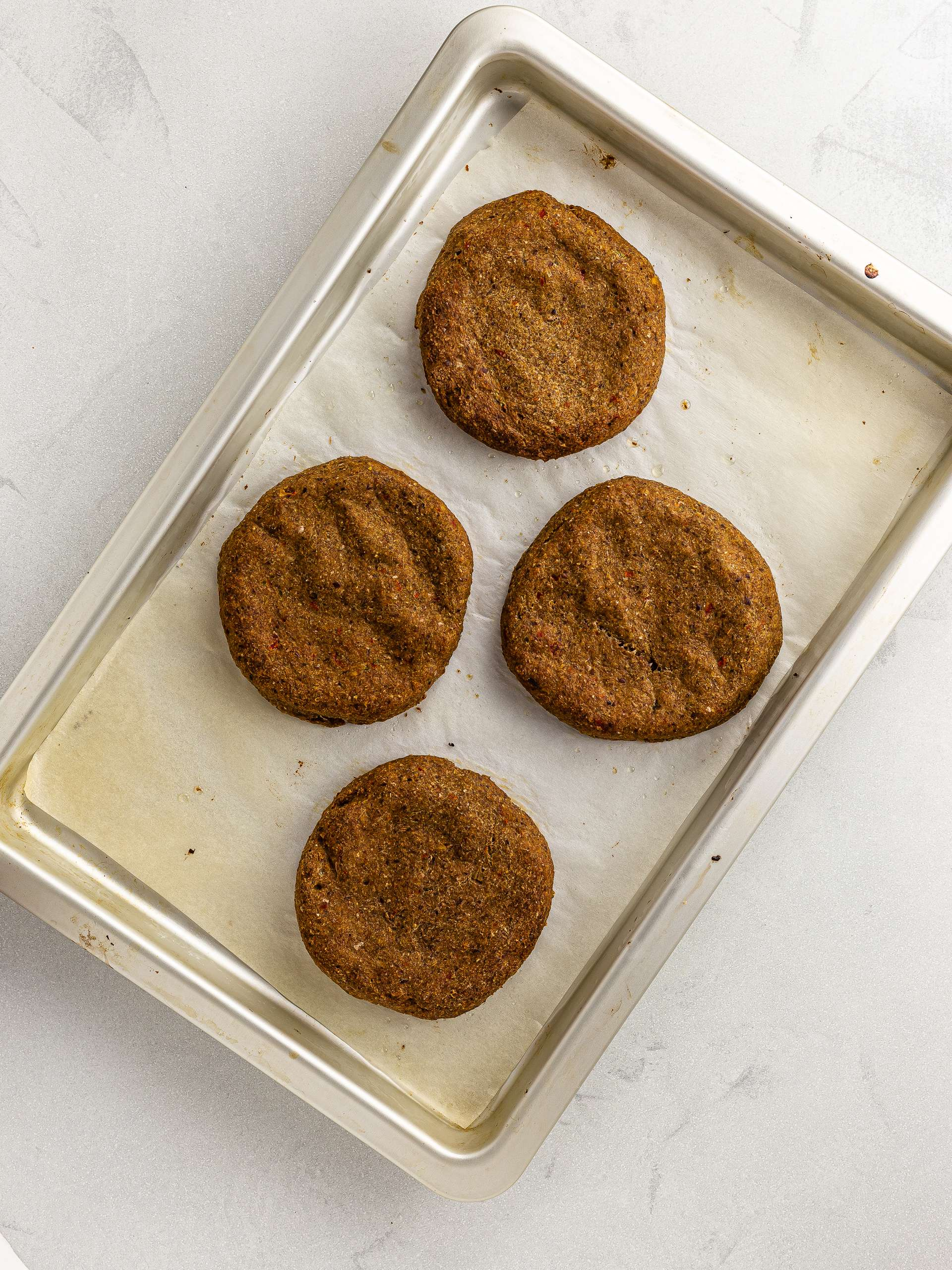 oven-baked jackfruit burger patties