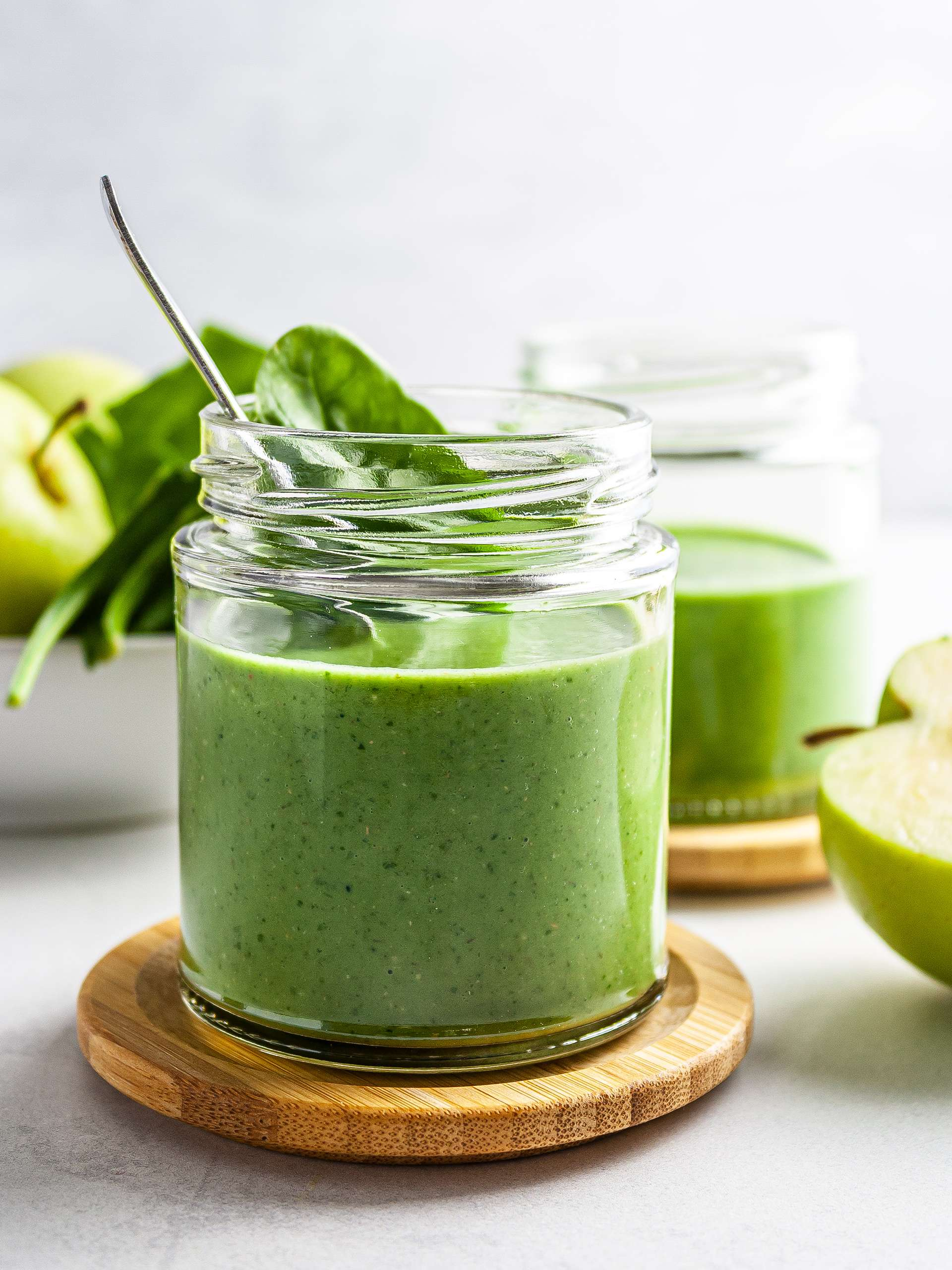 Spinach Apple Smoothie Recipe Thumbnail
