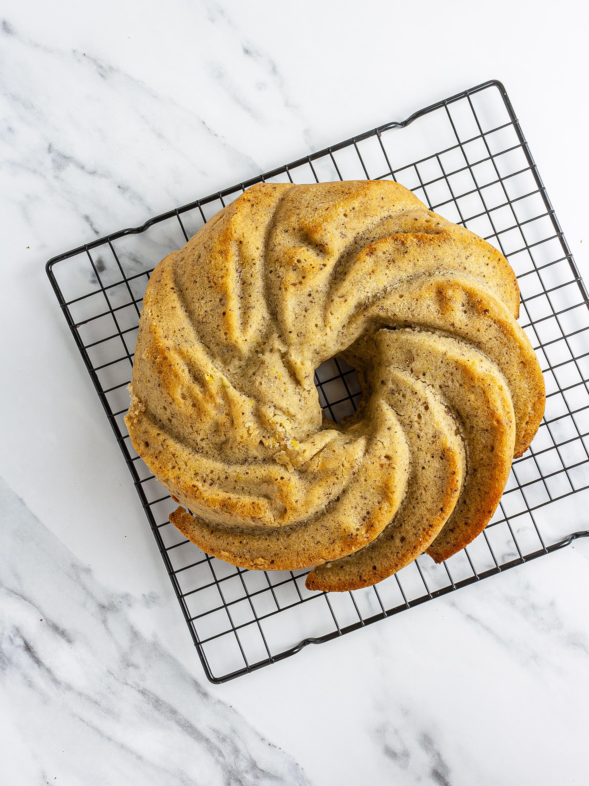 Baked lemon pound cake