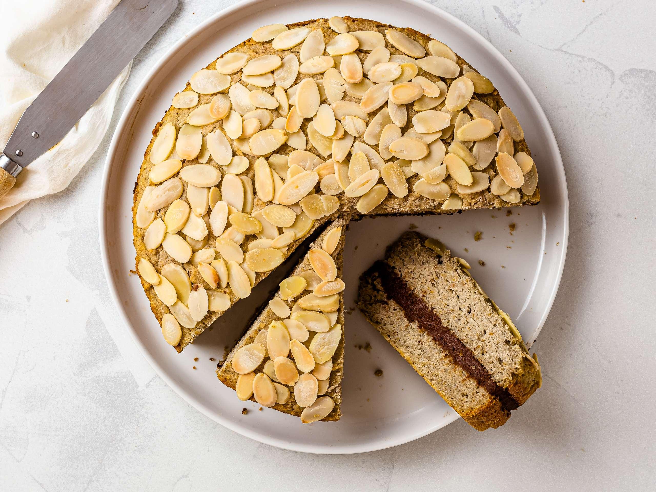 Gluten-Free Almond Cake (Vegan, Sugar-Free)