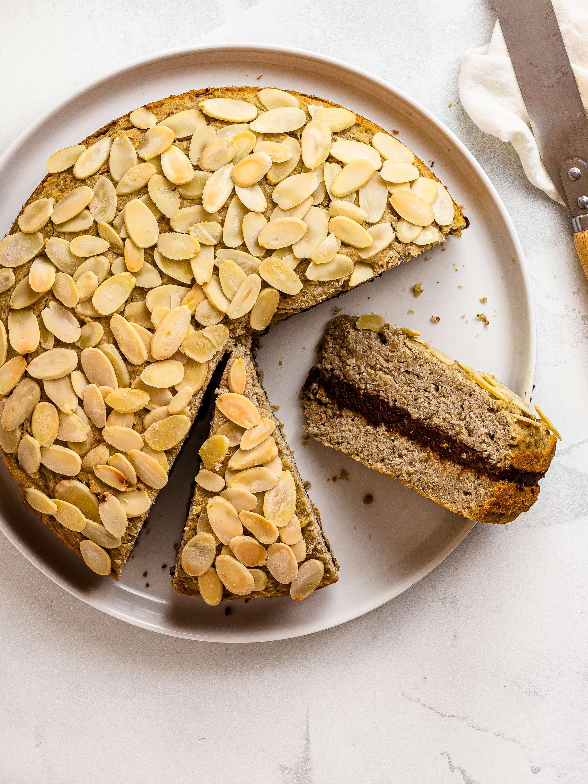Gluten-Free Almond Cake (Vegan, Sugar-Free) Thumbnail