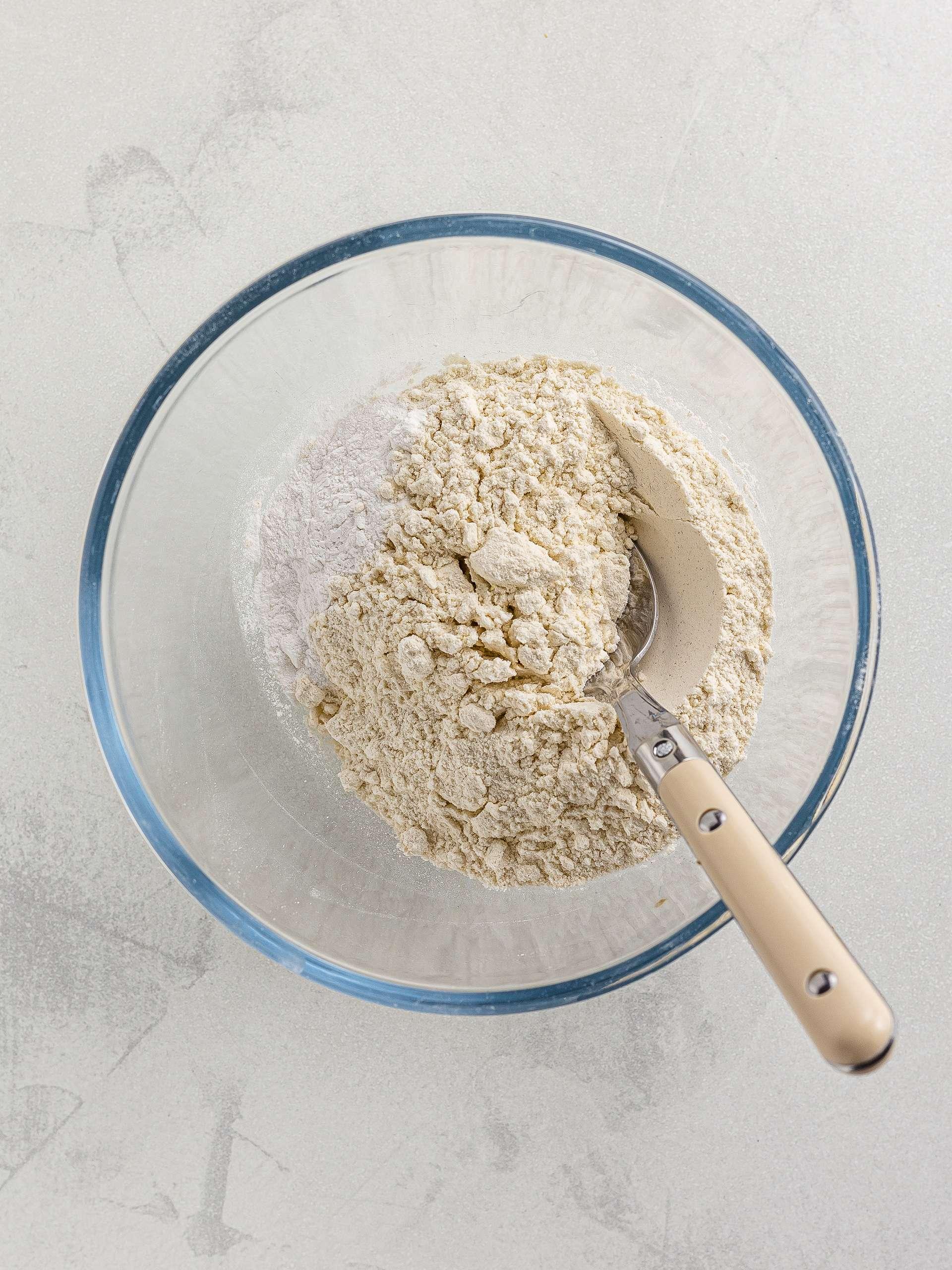 flour with baking powder