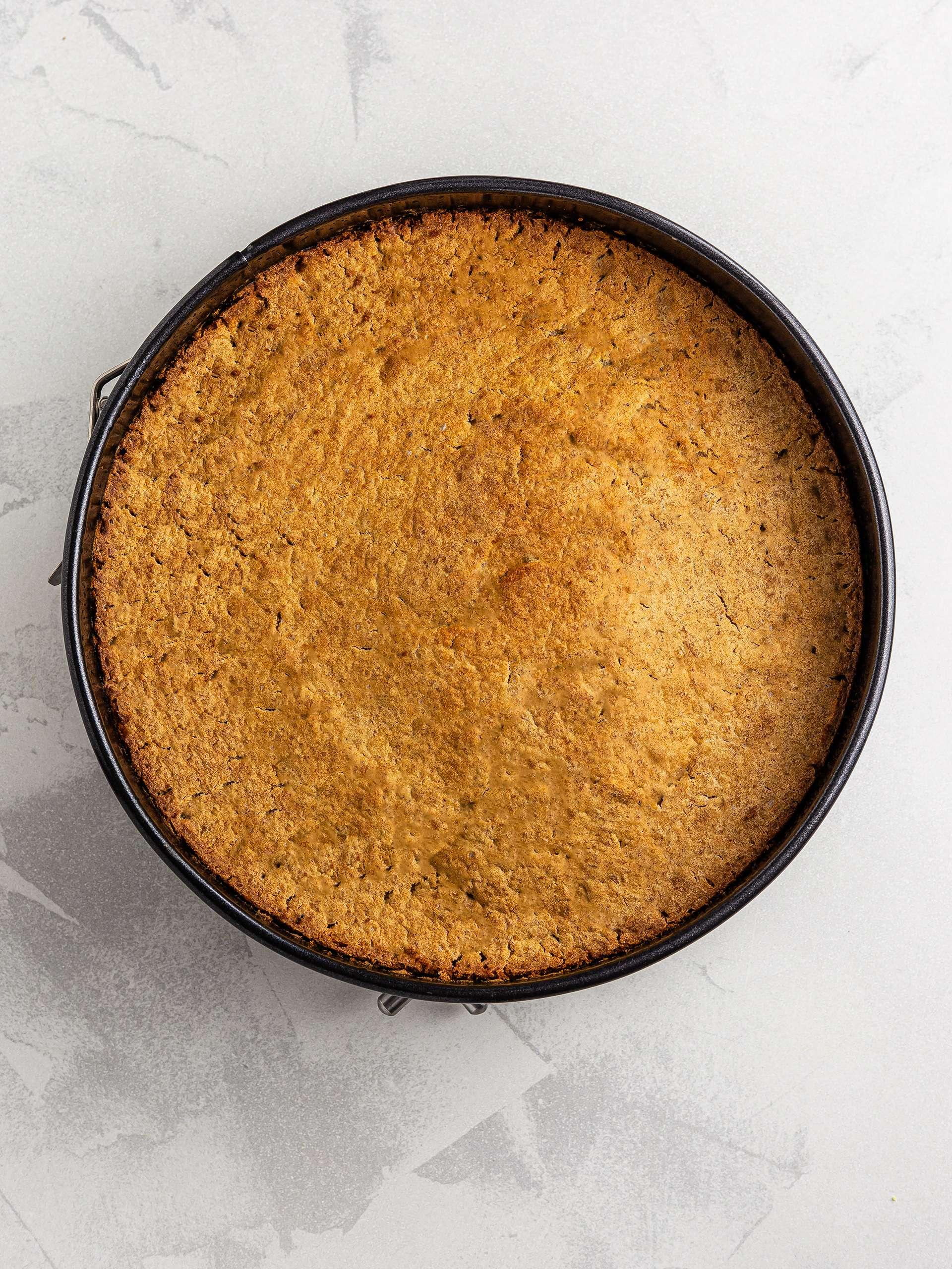 baked vegan applesauce cake
