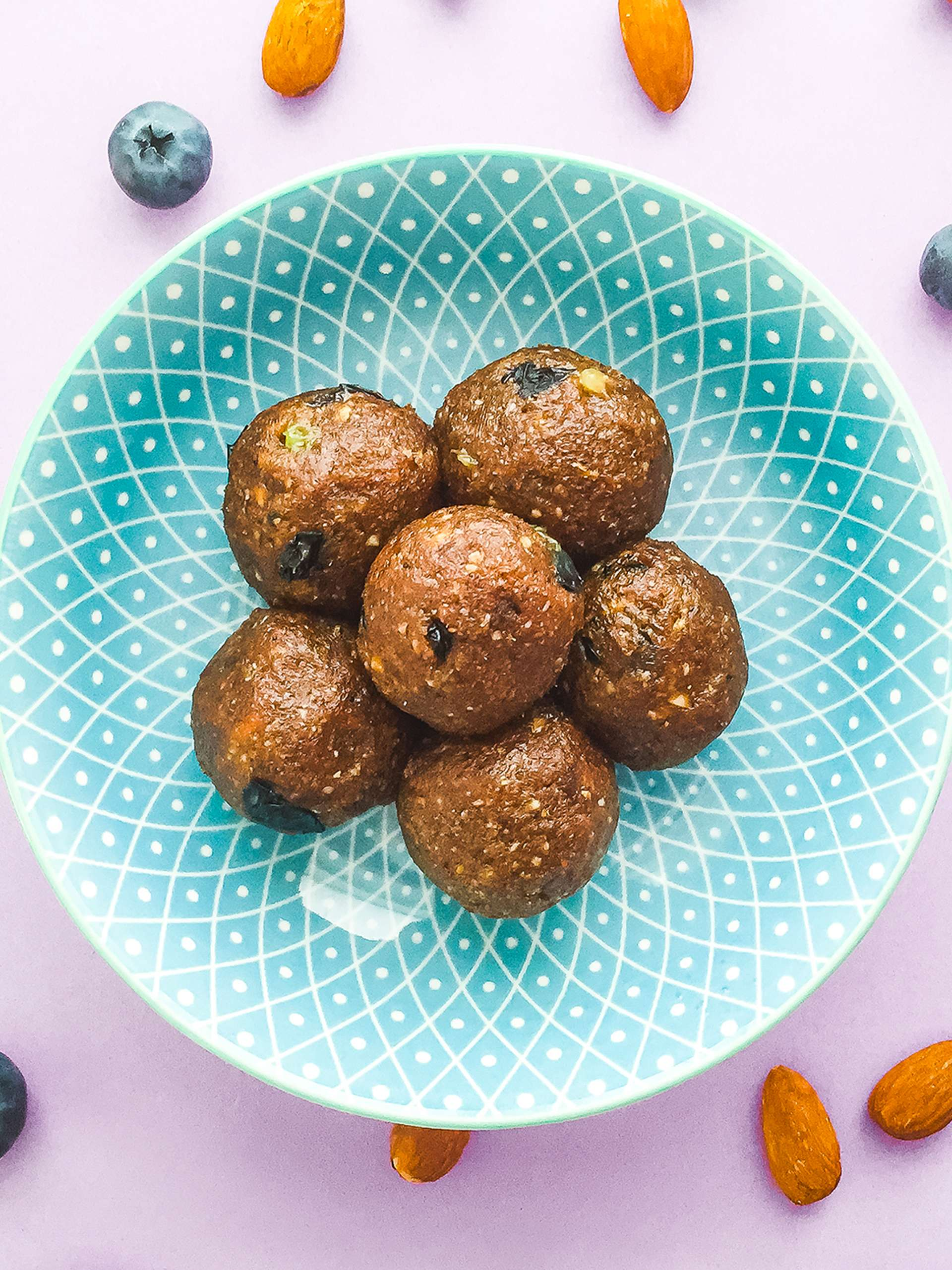 Gluten Free Blueberry and Almond Truffles Thumbnail