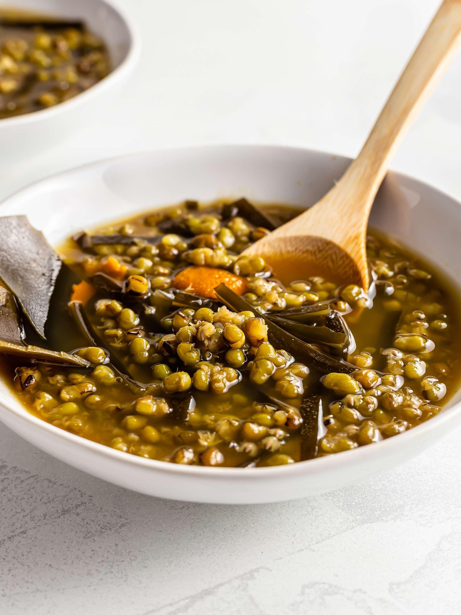 Chinese Mung Bean Soup (green bean soup)
