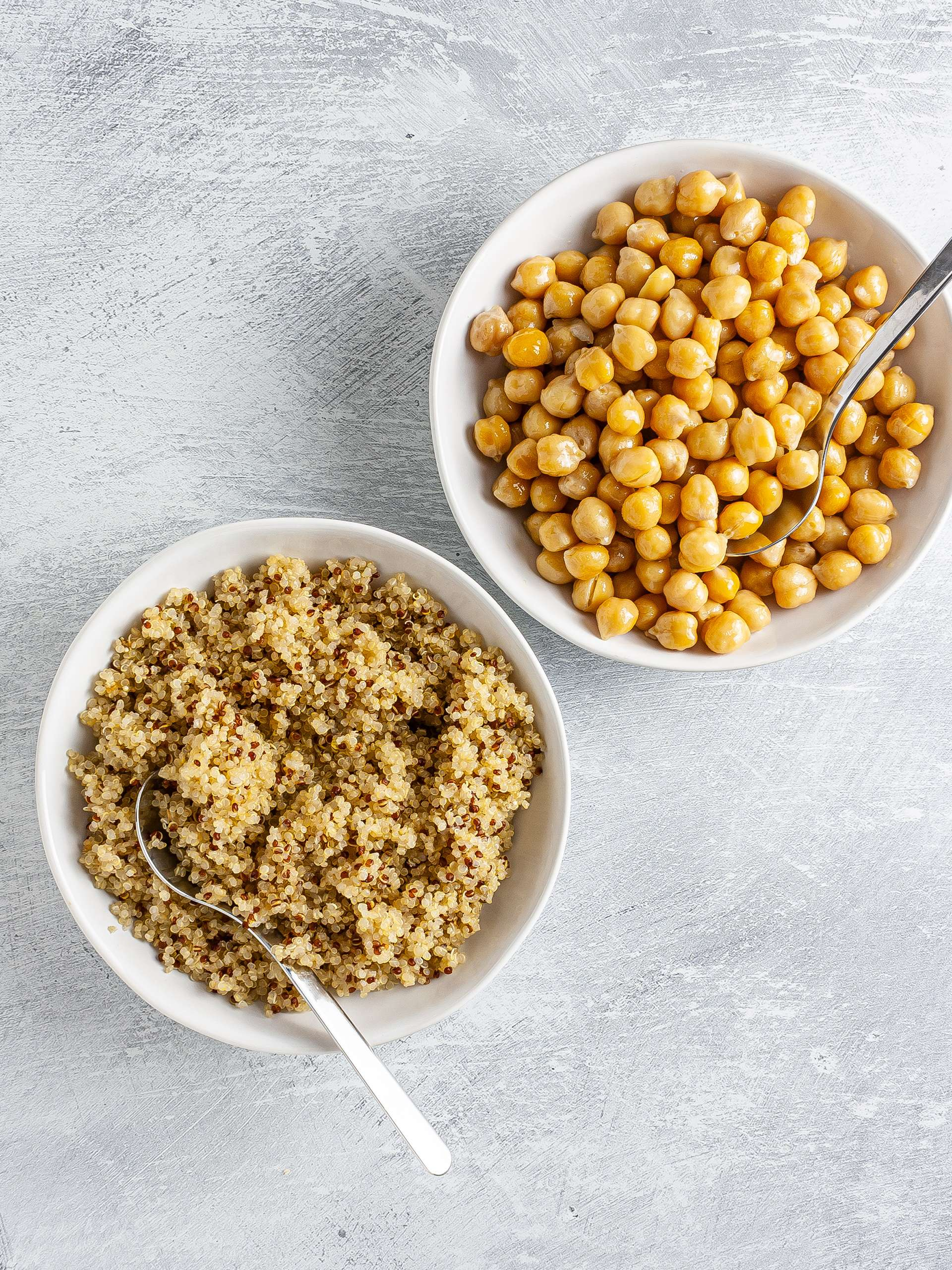 Cooked quinoa and chickpeas