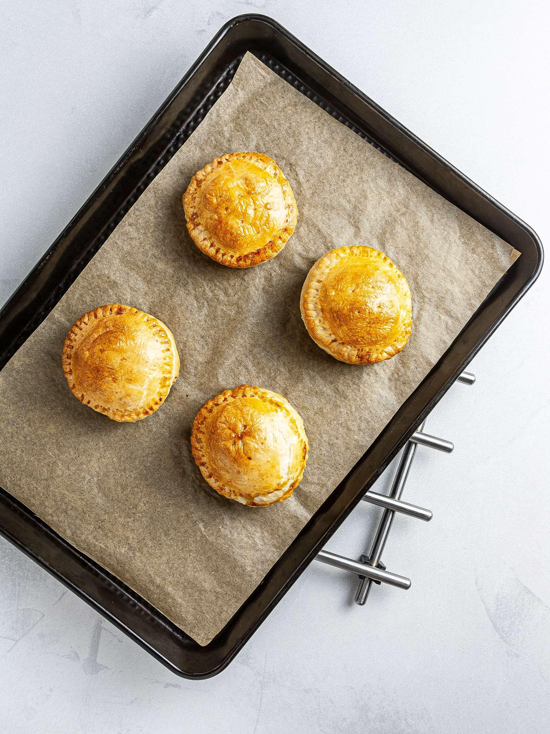 Bake pate chaud pastries