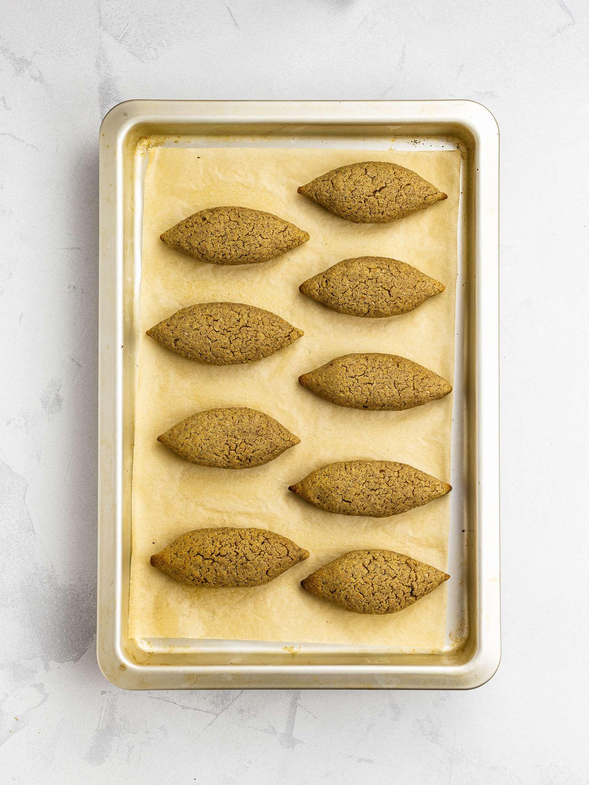 oven-baked kibbeh balls