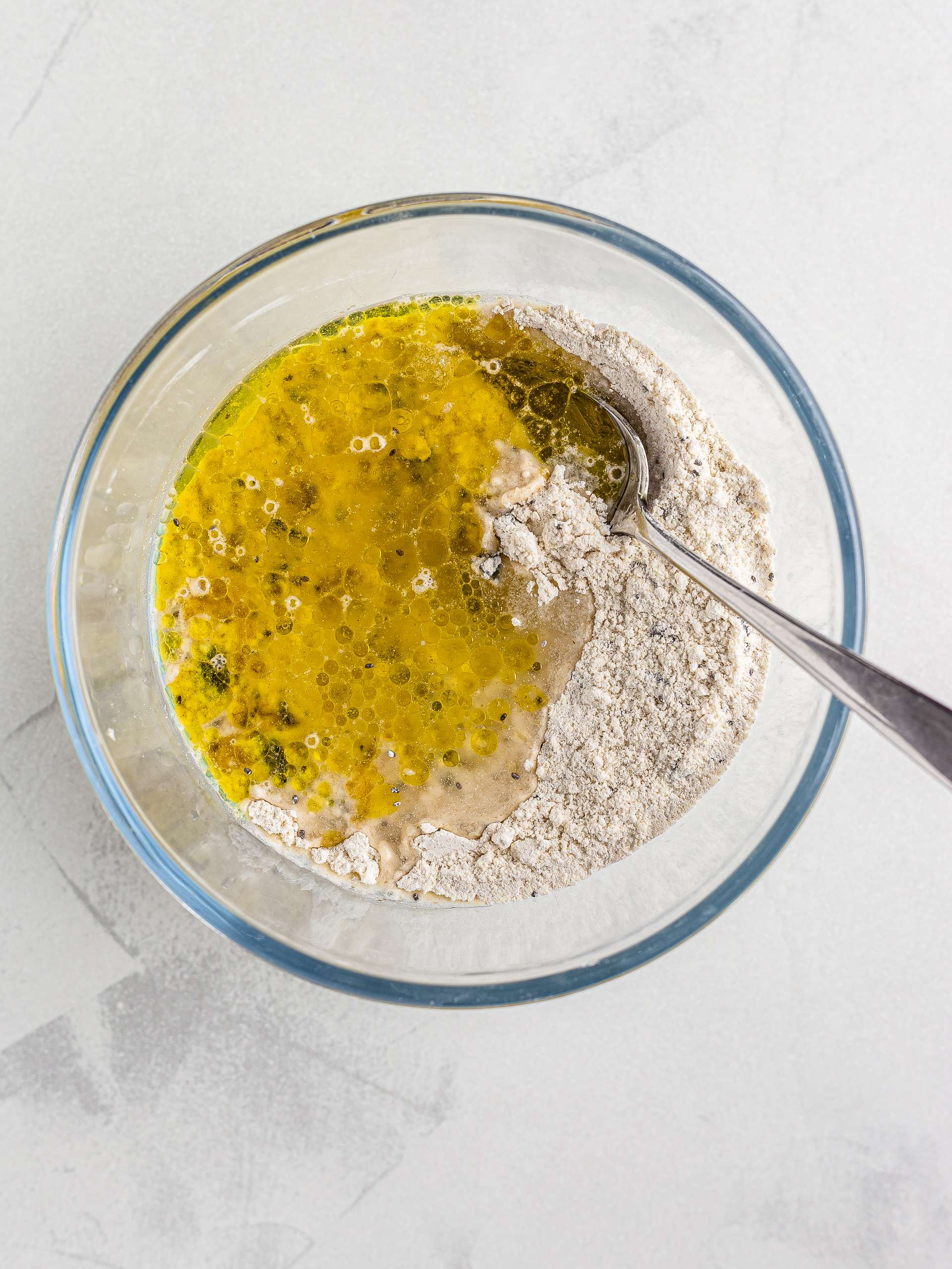 olive oil and spelt crackers dough
