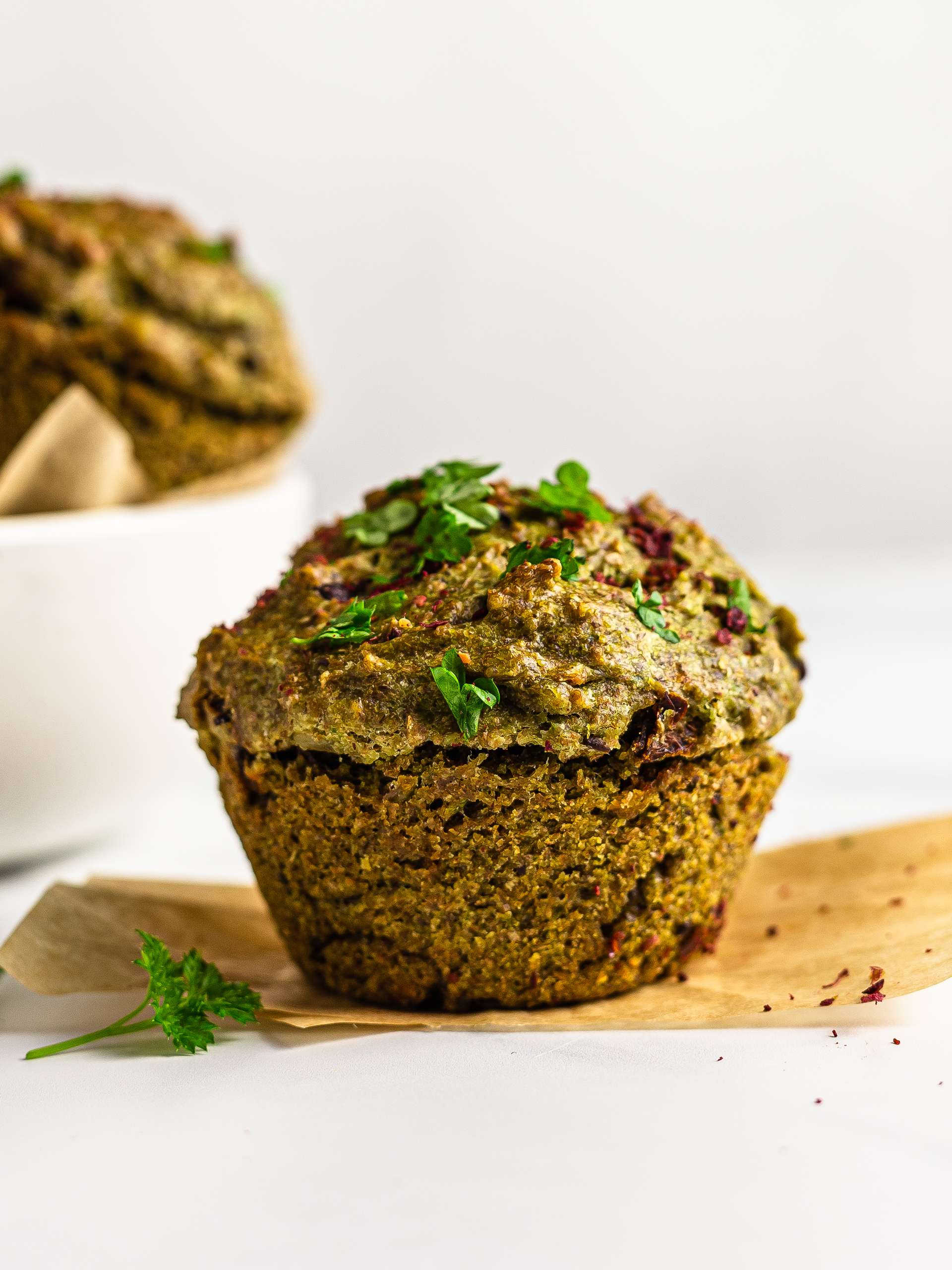 Savoury Vegan Muffins with Pesto Thumbnail