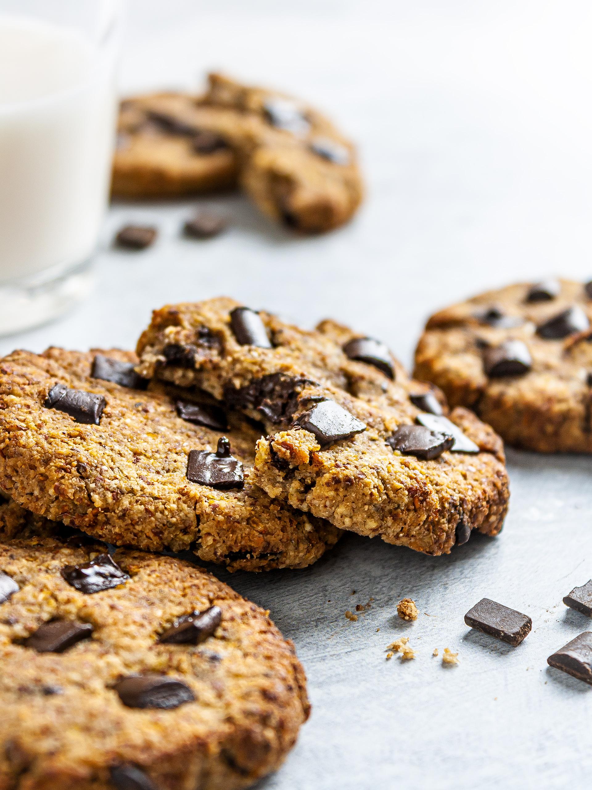{Vegan, GF, Keto} Chocolate Chip Cauliflower Cookies Thumbnail