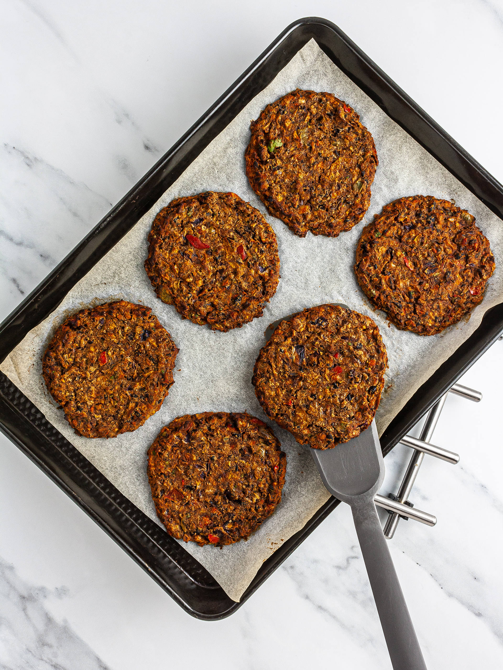 Oven-baked black bean fritters