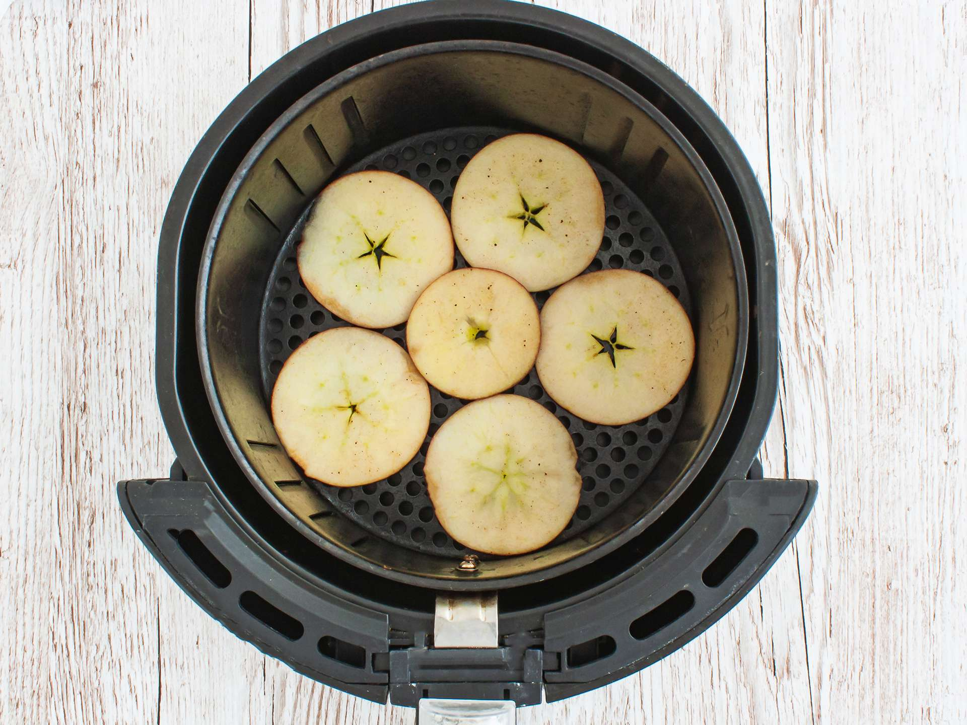 Step 2.1 of Air Fryer Apple Chips