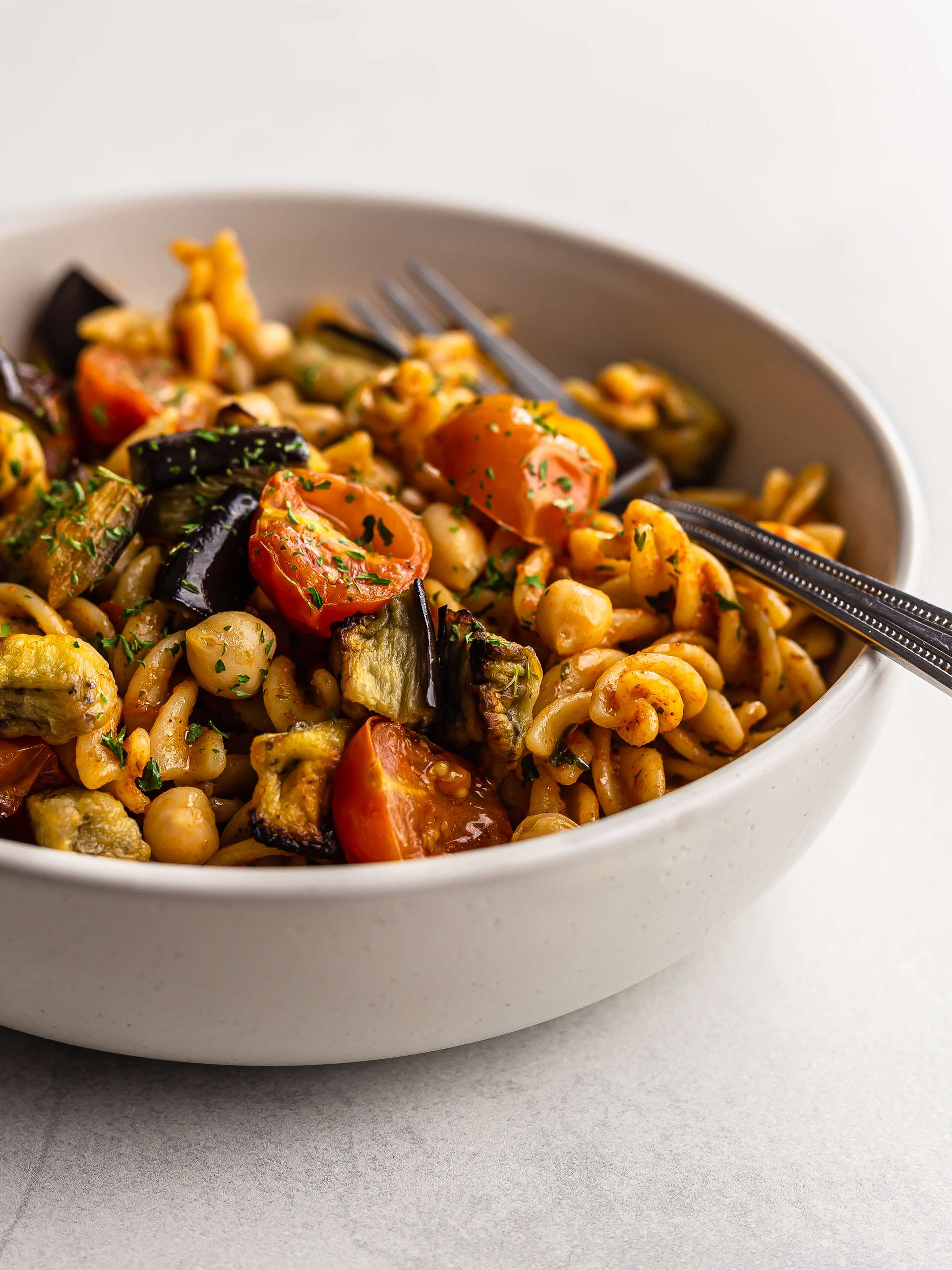 Harissa Pasta Salad with Summer Vegetables Thumbnail