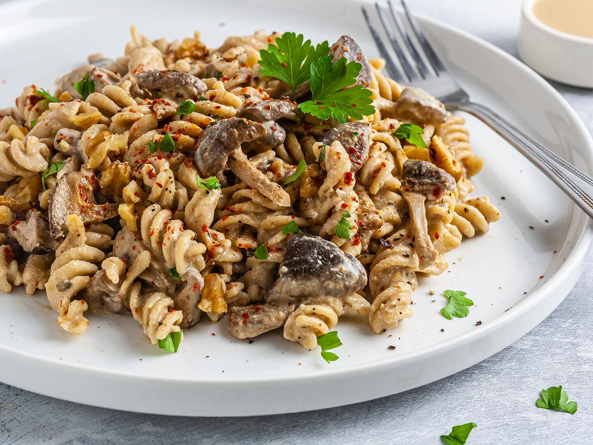 Vegan No Cream Tahini Pasta with Mushrooms