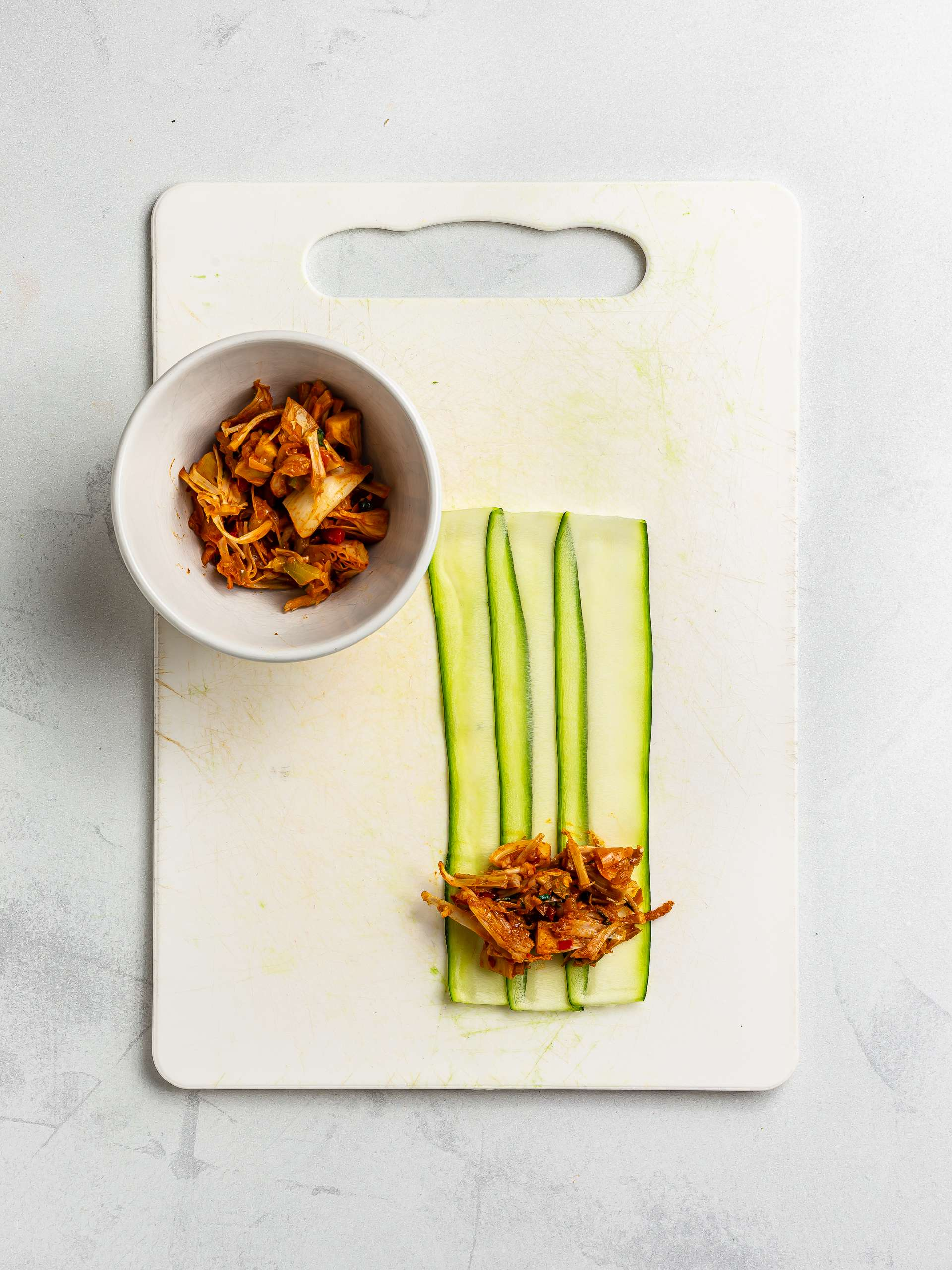 courgette wraps with jackfruit filling