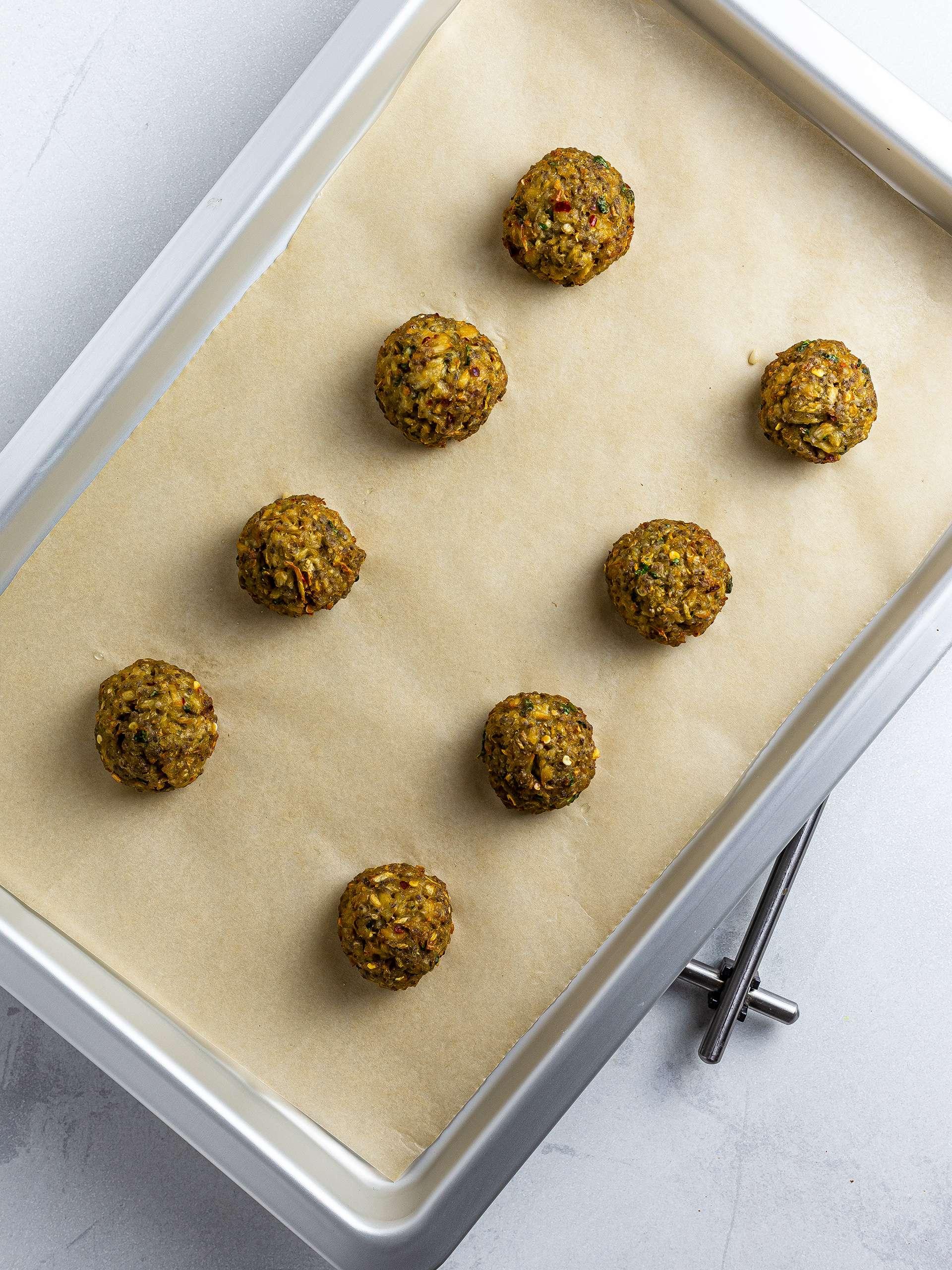 Oven-baked mushroom meatballs