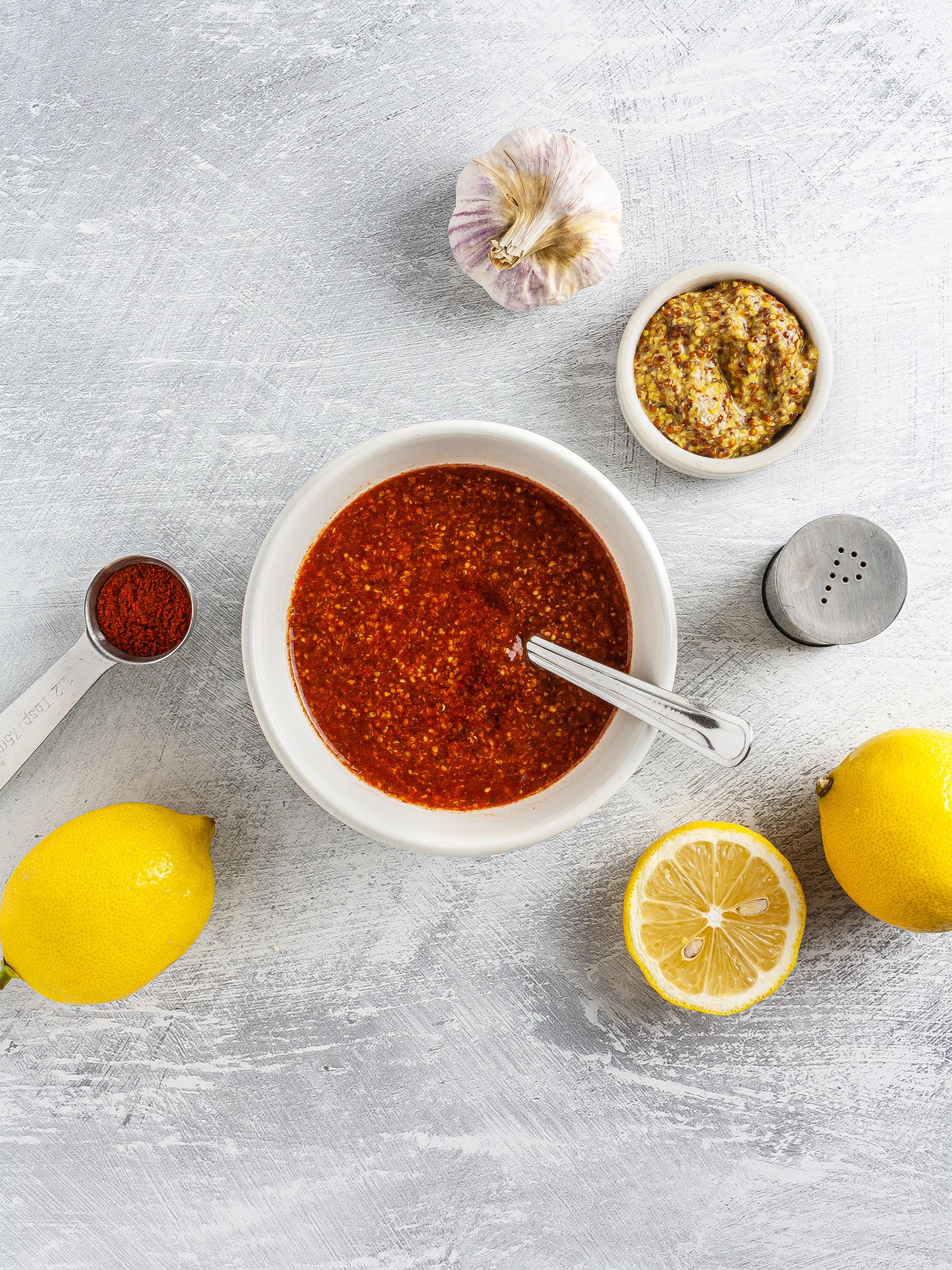 Honey, mustard, and paprika glaze mixture