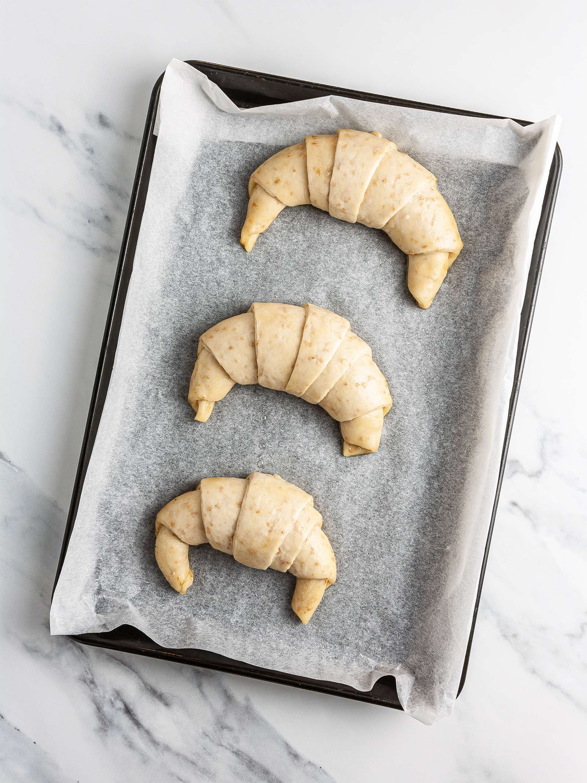 Proved croissant shapes