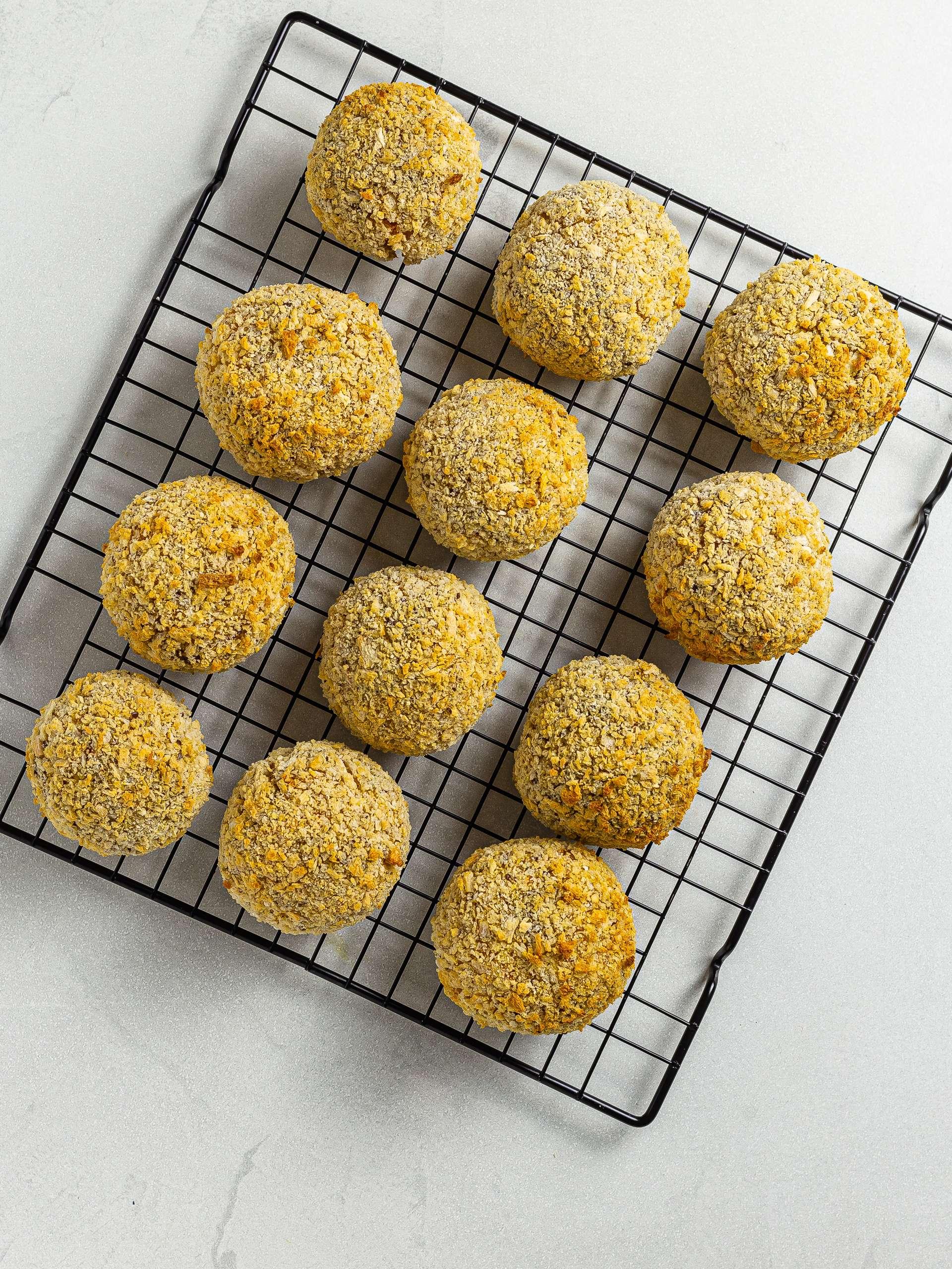 oven-baked lentil bolognese rice balls