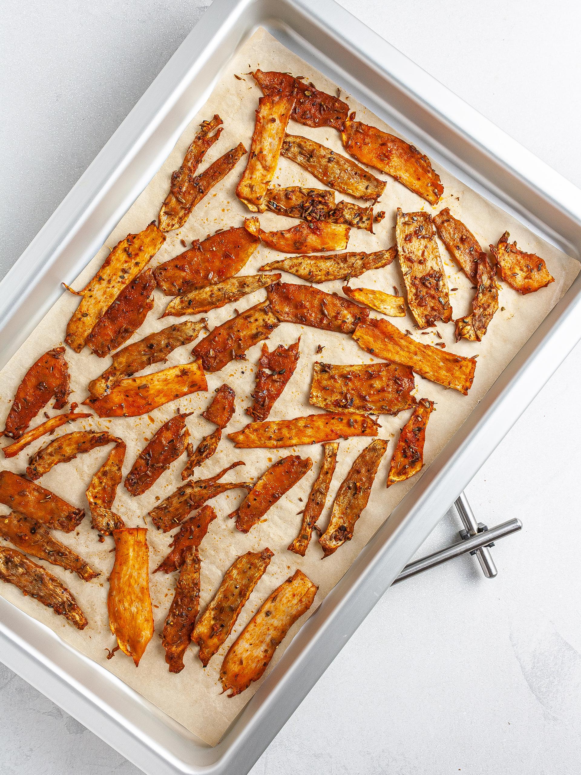 Oven-baked tomato shawarma strips