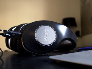 Denon AH-D600 headphones with the shorter iDevice cables attached.