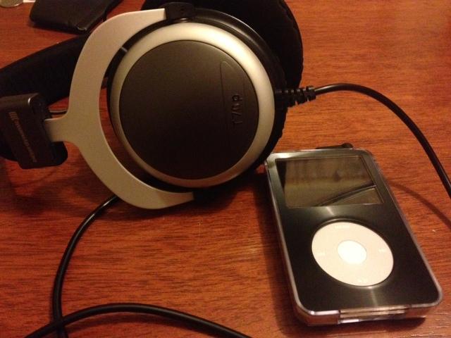 iPod Video (120Gb SSD) and Beyerdynamic T70p