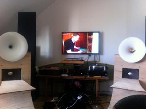 Horn Speakers , Avec Altec compressors drivers and Altec 404 bass speaker units