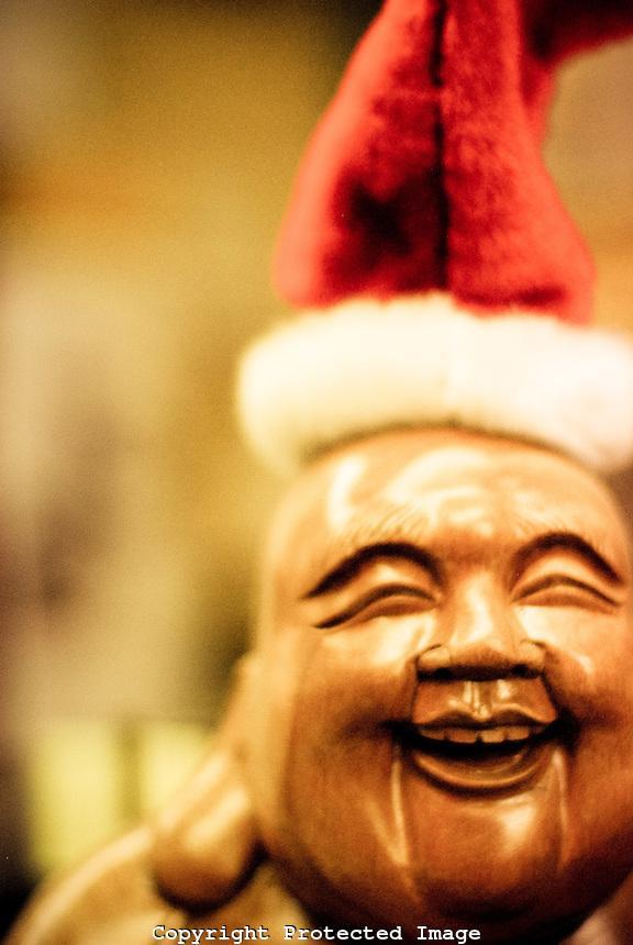 Christmas-Buddha.jpg
