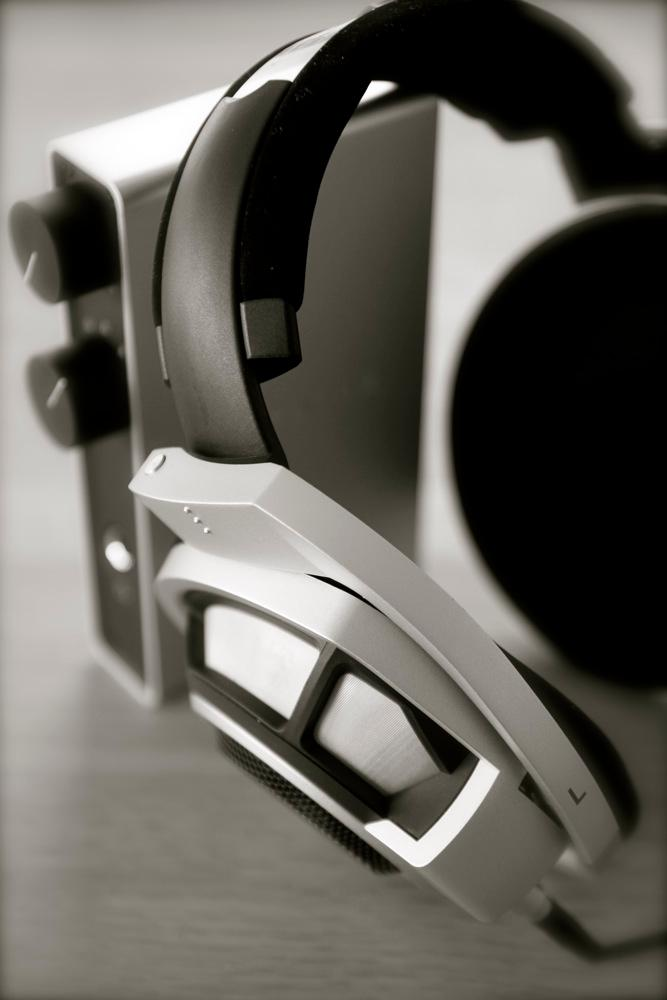 HD800-NuForce10.jpg