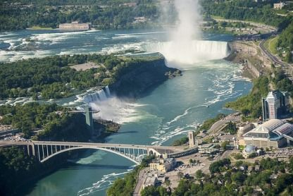 Spend a weekend in Niagara Falls