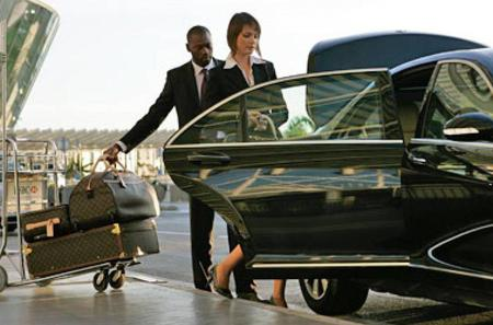 Private Transfer From Barcelona Airport to Barcelona City - One Way