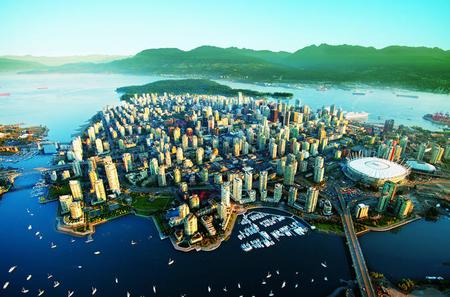 Full Day Best of Vancouver Private City Tour and Wine Tasting