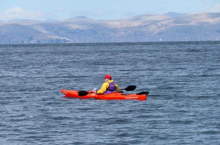 Private Tour: Taquile and Uros Islands by Kayak and Motorboat from Puno