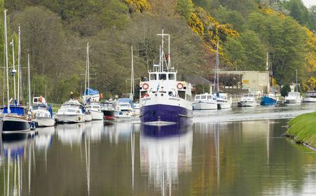 Loch Ness 2-Hour Sailing Cruise to Urquhart Castle
