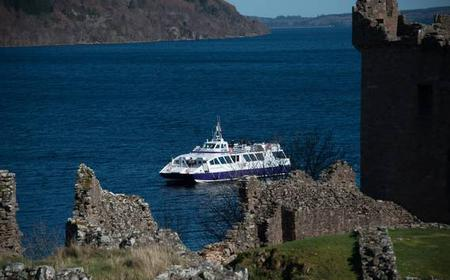 Loch Ness Freedom Cruise and UrquhartCastle Tour