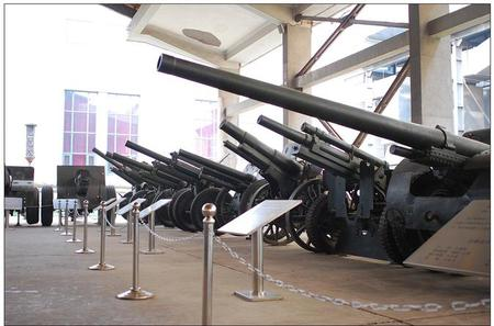 Beijing Private Museum Tour: National Museum and Military Museum With Lunch Inclusive