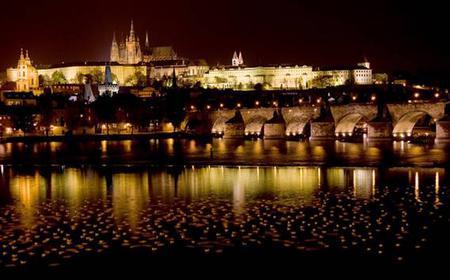 Prague E-Scooter Tour: Panoramic 1-Hour Night Tour