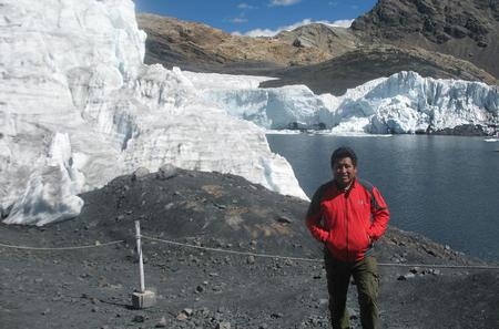 Pastoruri Glacier Private Full-Day Tour from Huaraz