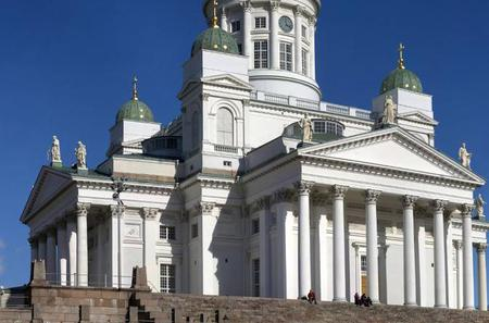 Helsinki and Porvoo All-Inclusive Overnight Tour Including Suomenlinna Sea Fortress