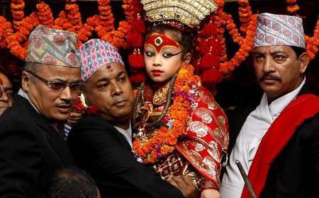 Kathmandu Old City and Swoyambhunath Stupa 4-Hour Tour