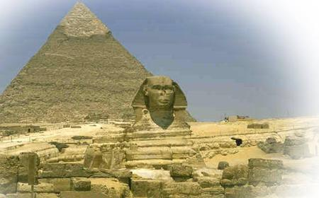 Cairo: Giza Pyramids, Egyptian Museum & Bazaar Full-Day Tour