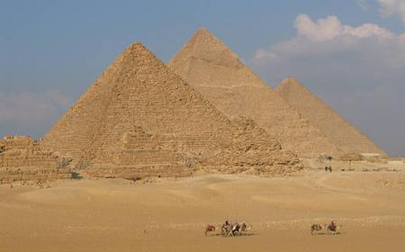 Giza Pyramids, Sphinx, and Sakkara: Full-Day Tour