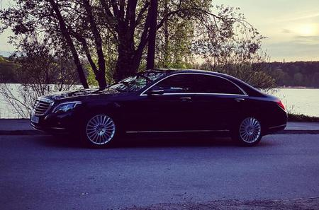 First Class Airport Limousine Transfer: Malmö City to Kastrup Airport