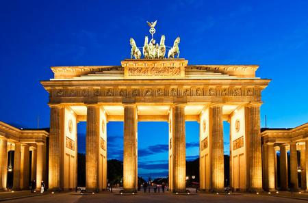 Private Tour: Half-Day Luxury Berlin Highlights Tour