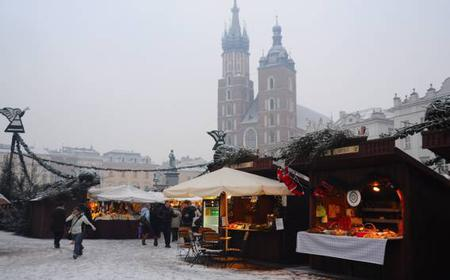Private Krakow Christmas Market Tour with Food Tasting